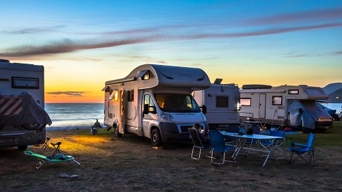 louant un camping-car.